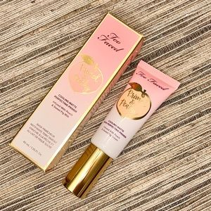 Too Faced Primed & Peachy Matte Perfecting Primer